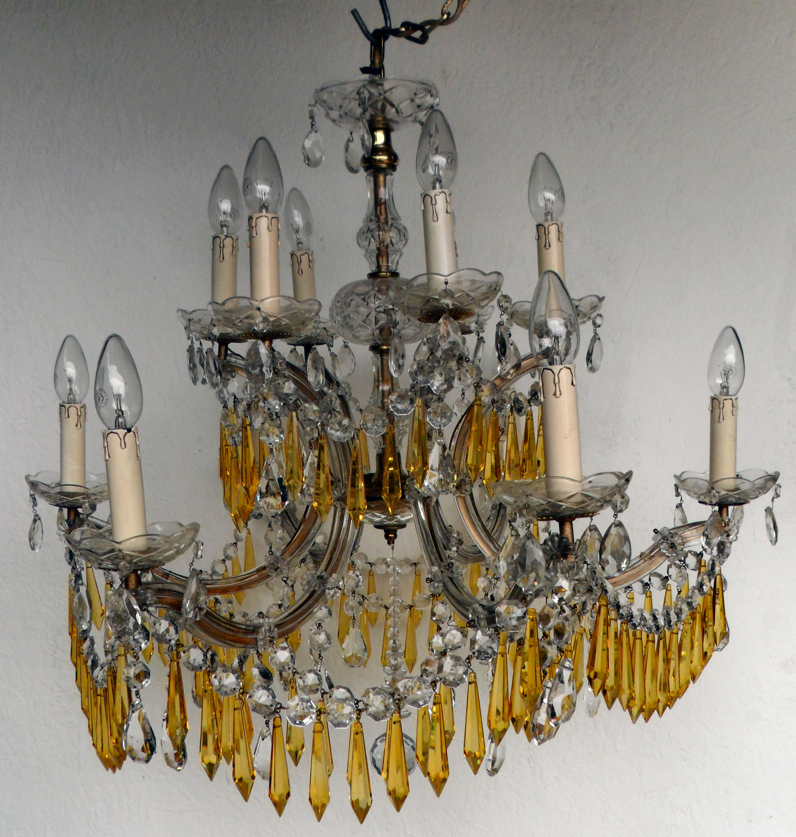 6 arm 12 light marie therese vintage chandelier with yellow icicles